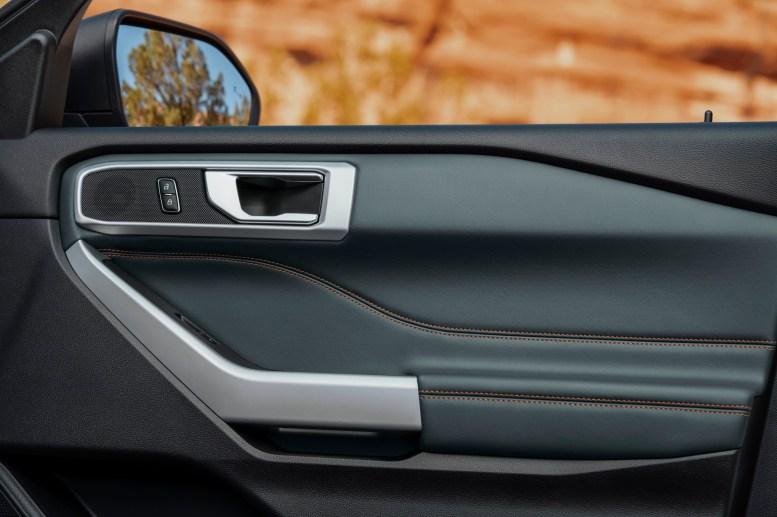 Ford Explorer Timberline 2021 interior