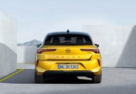 Opel Astra 2022 exterior