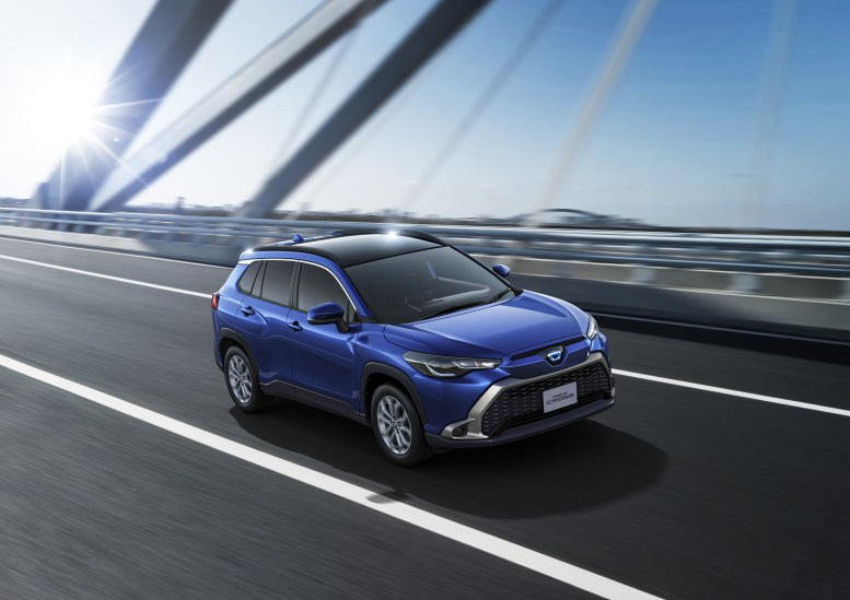 Toyota Corolla Cross 2022 Japón: Exterior
