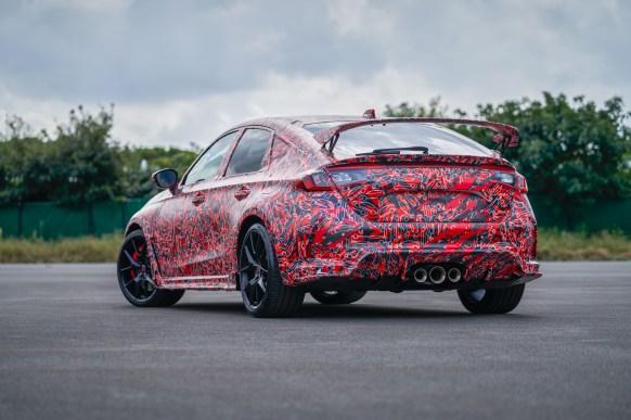 Honda CIvic Type R 2022 con camuflaje