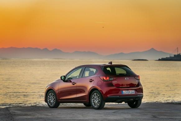 Mazda 2: Exterior