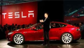 Tesla rejoindra le Nasdaq 100 suite à la débacle d'Oracle au NYSE