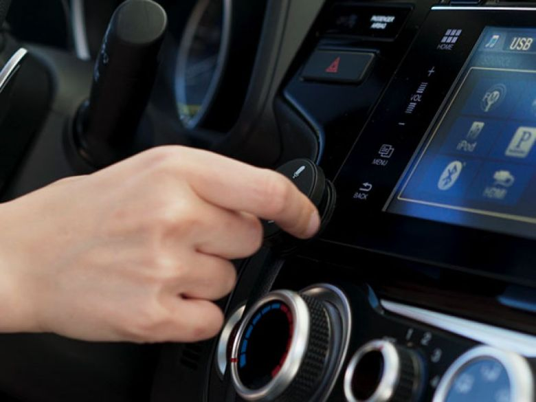 Muse Auto: Alexa Voice Assistant for Cars | StackSocial