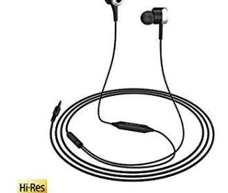 Buy Hi-Res In-Ear Earphones w/Sound Isolation Remote for $7 (Was $19.99)