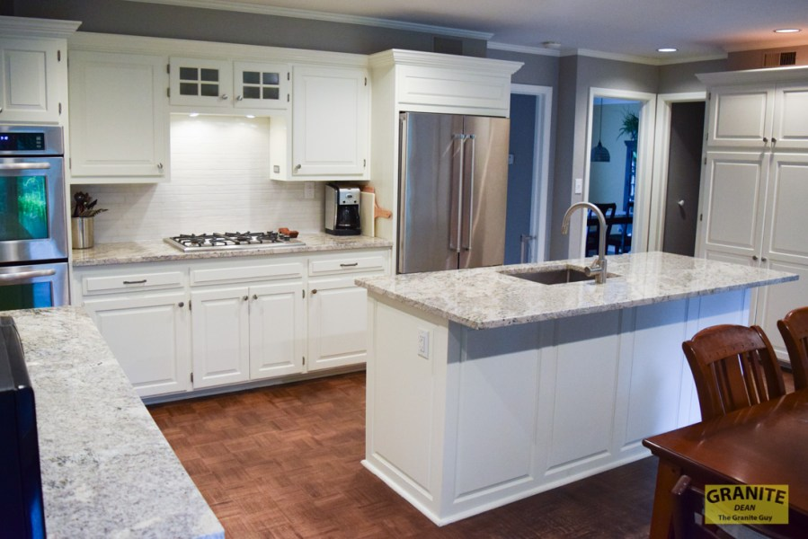 A Stylish New Kitchen for Rachel in Leawood   Dean the Granite Guy Granite Countertops