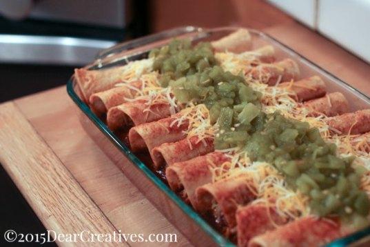 Easy Recipe | Chicken Enchiladas in Red Sauce |Enchiladas in a baking dish | How to make enchiladas