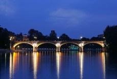 Ponte Isabella - nigh view