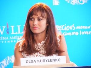 Olga Kurylenko  © Anne-Sophie Rivereau