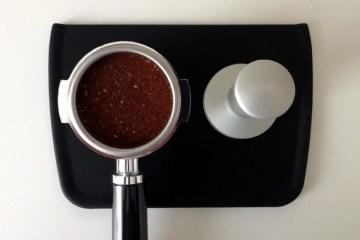 Cafelat-Tamping-Mat-Flat-930x620