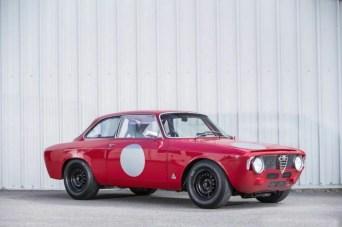 Alfa_Romeo_Giulia_Sprint_1-1200x799
