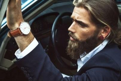 Manners-Stijlinspiratie-de-contrasterende-Suit-and-Beard-combinatie-21