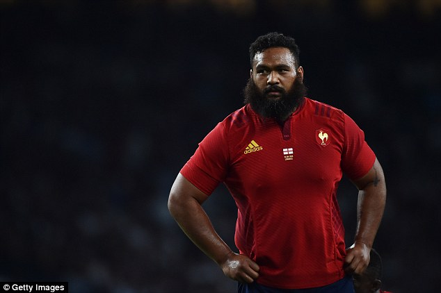 2C58F0AA00000578-3244756-French_tighthead_prop_Uini_Atonio_s_beard_is_almost_as_broad_as_-a-20_1442937089156