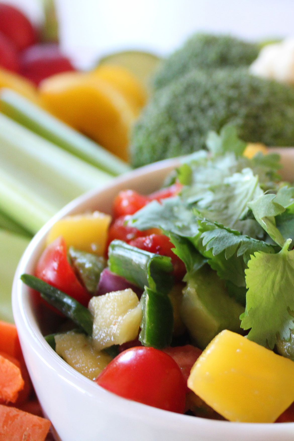 Healthy and Fresh Mango Salsa Recipe and Vegetables