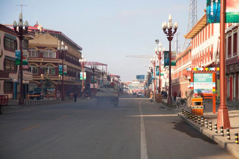 清晨的唐克鎮,街道很安靜