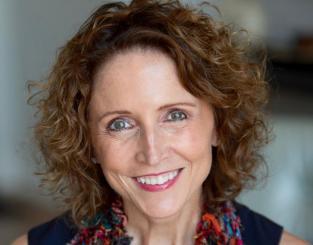 photo of Debbie Augenthaler