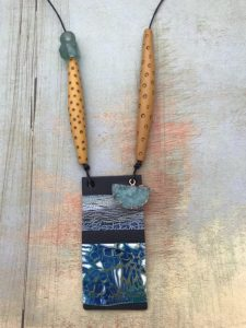 Debbie-Crothers-Polymer-Clay-Artist-Instructor-Tutorial-Crackle-Necklace-Pendant-Vessel