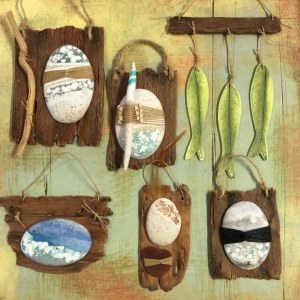 Debbie-Crothers-Polymer-Clay-Tutorial-Pebble-Wrapping-Faux Wood-Wall Art-Plaques