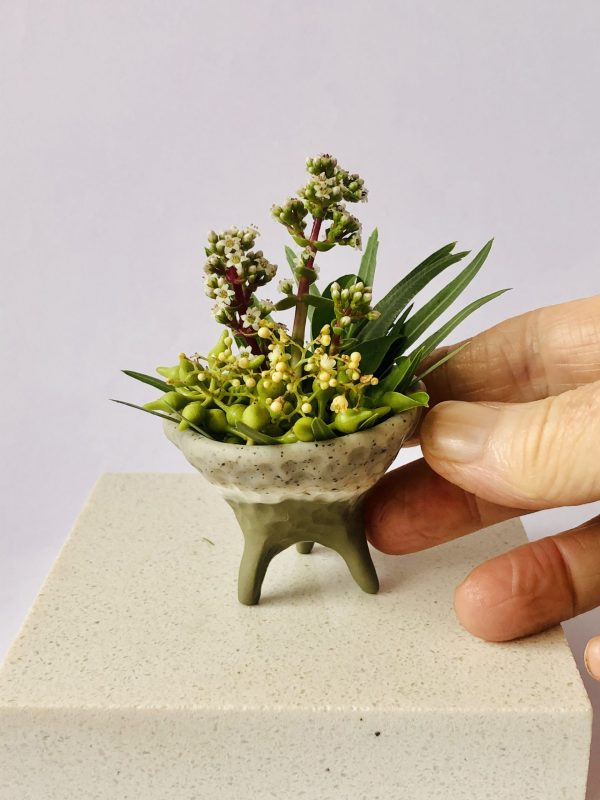 Debbie-Crothers-Tutorial-Polymer Clay-miniature-flower pot-bud vase