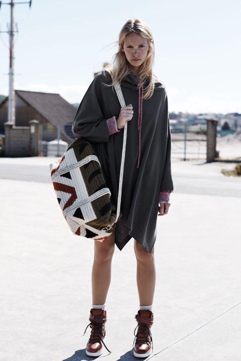 Capa sudadera de Zara