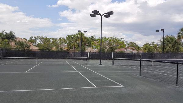 Marbella Lakes Har-Tru Tennis Courts