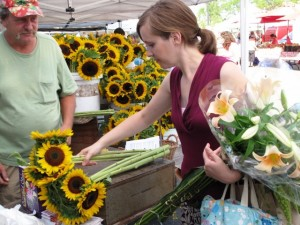 Shop the Farmers' Market