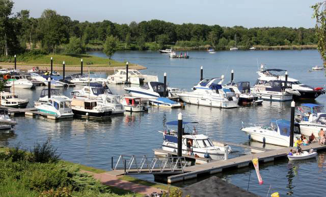 Jachthaven Leukermeer - De Canicula