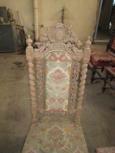 decapage bois sculpté mobilier ornementé