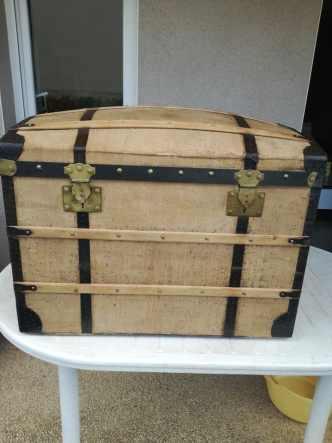coffre bois de pirate bois vernis