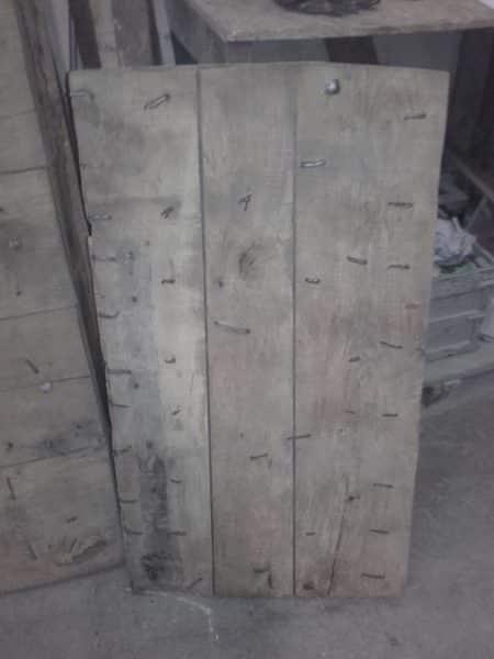 décaper porte ancienne en bois