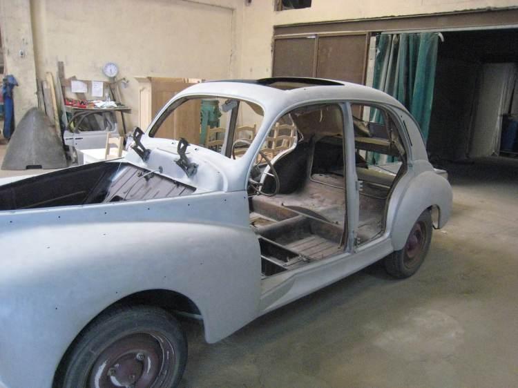 voiture 1950 décapage extérieur uniquement