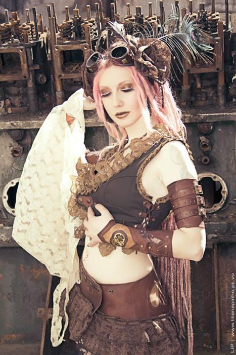 Photo: Lip Creative Studio | Model: Angélica Elfic | Costume: Elfic Wear