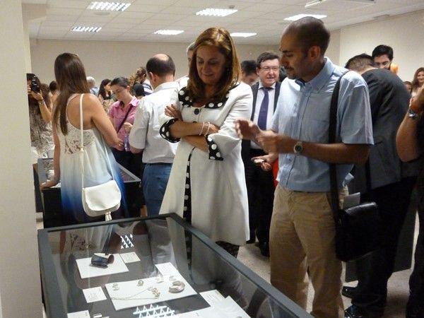 JF Alfaya talking to Carmela Silva, President of the Diputacion de Pontevedra