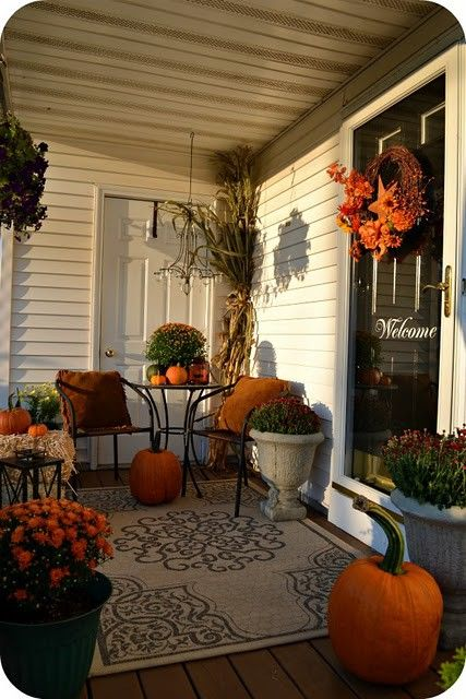 Ideas Decorating Your Front Porch Fall