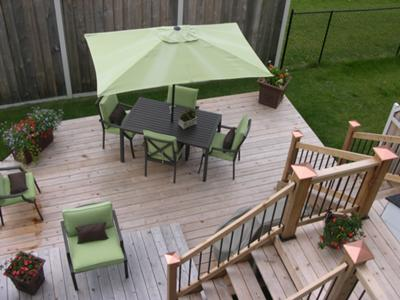 A Deck for A Small Backyard on Small Yard Deck id=55662