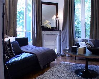 Couleur Salon Canape Noir Rideaux Tapis Gris