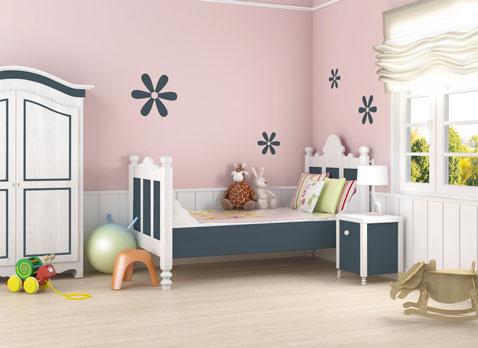 chambre fille peinture murale couleur rose lit bois peint couleur blanc et gris peinture