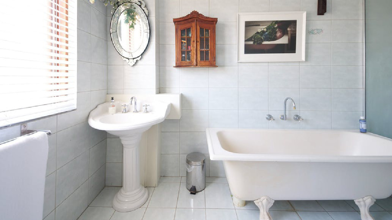 salle de bains douche ou baignoire