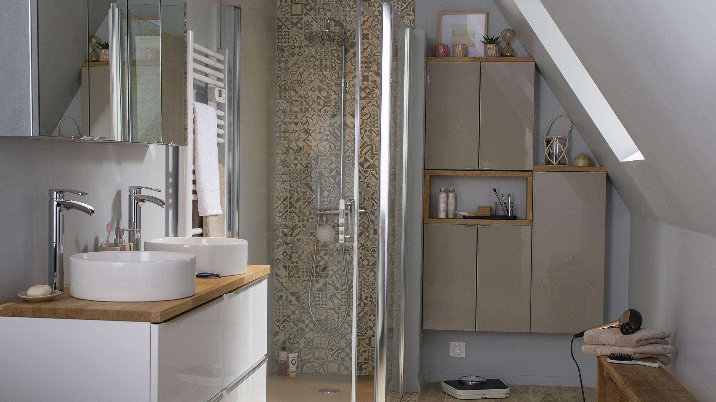on adopte les carreaux de ciment dans la salle de bains m6 deco fr