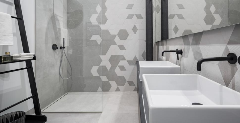 le gris dans la salle de bains 5