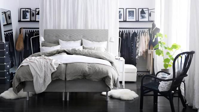 chambre le lit s installe au centre