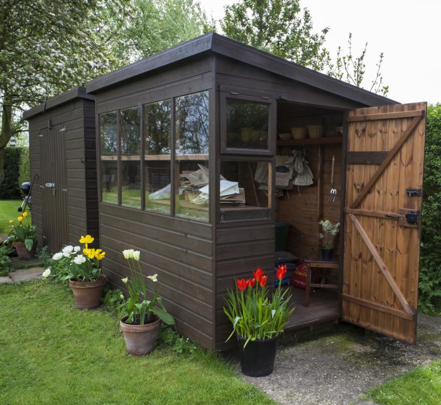 abri de jardin et cabane
