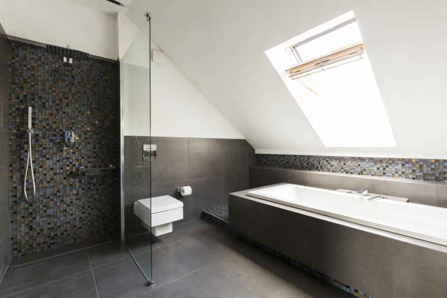 installer une douche sous pente m6