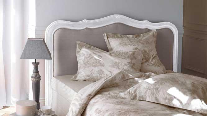 de lit pour donner un style de charme