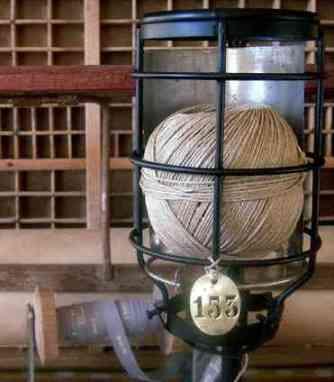Lampe devidoir a ficelle Ipso Factory