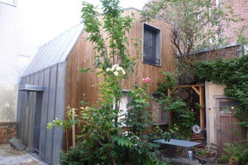 surelevation maison dans cour Paris 20e Vincent-d-Artemare-Architecte