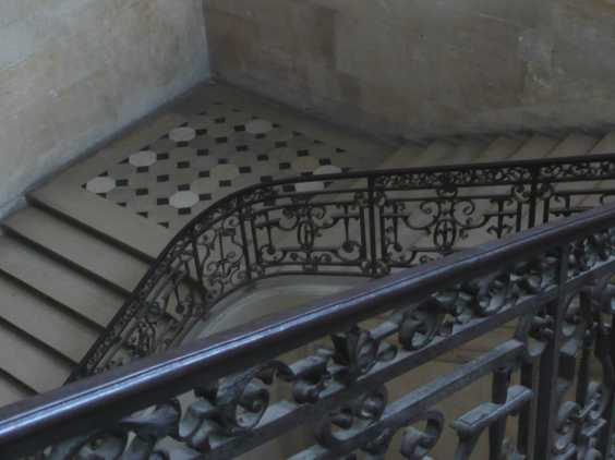 St Denis grand escalier 2010