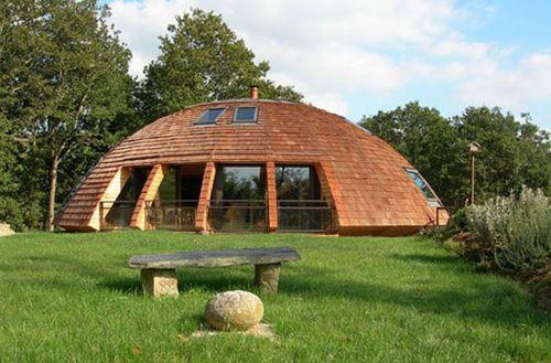 maison_ronde_Domespace_Wooden-Dome-Design-from-Patrick-Marsilli-Garden