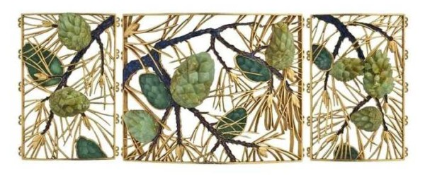 pommes-de-pin_plaque-collier-chien_Lalique