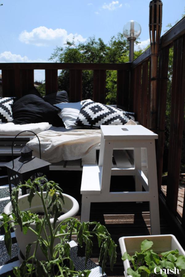 Décoration extérieure : Bienvenue sur ma petite terrasse d'été ! www.decocrush.fr - @decocrush