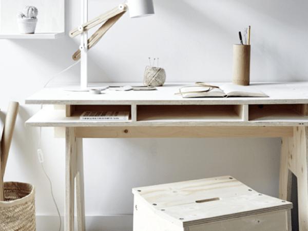 DIY : Fabriquer un bureau design et pas cher tout en bois !